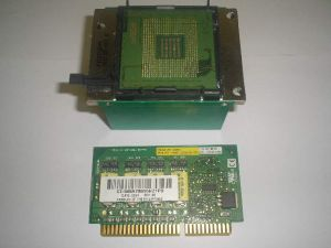 HP/Compaq DL580 G2 2GHZ 1M 400FSB Processor Kit, SL66Z Xeon MP 2.0GHz/2MB/400/1.475V, Heatsink & VRM Module, p/n: 302785-001, 229400-002, 266655-001, OEM (процессор, радиатор, модуль)